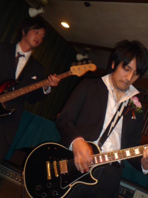 新郎ギター