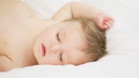 天使みたいな赤ちゃんイメージ