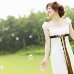 春のお呼ばれドレスイメージ