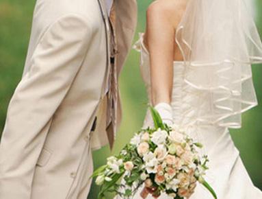 ブーケと幸せな花嫁